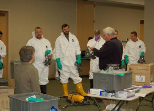 Hazardous Materials/Hazardous Waste Assessment UT CIS